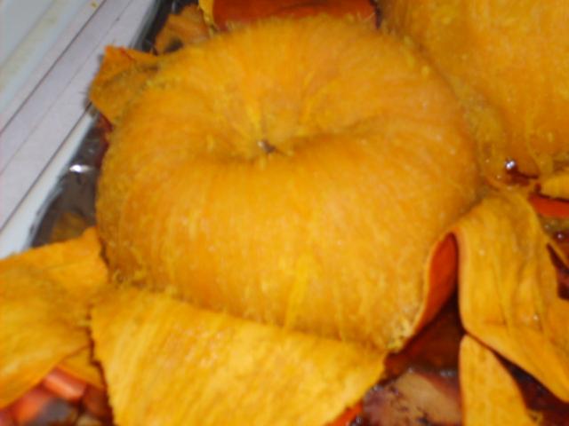 peel roasted pumpkin