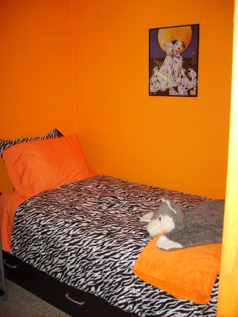 orange bedroom!